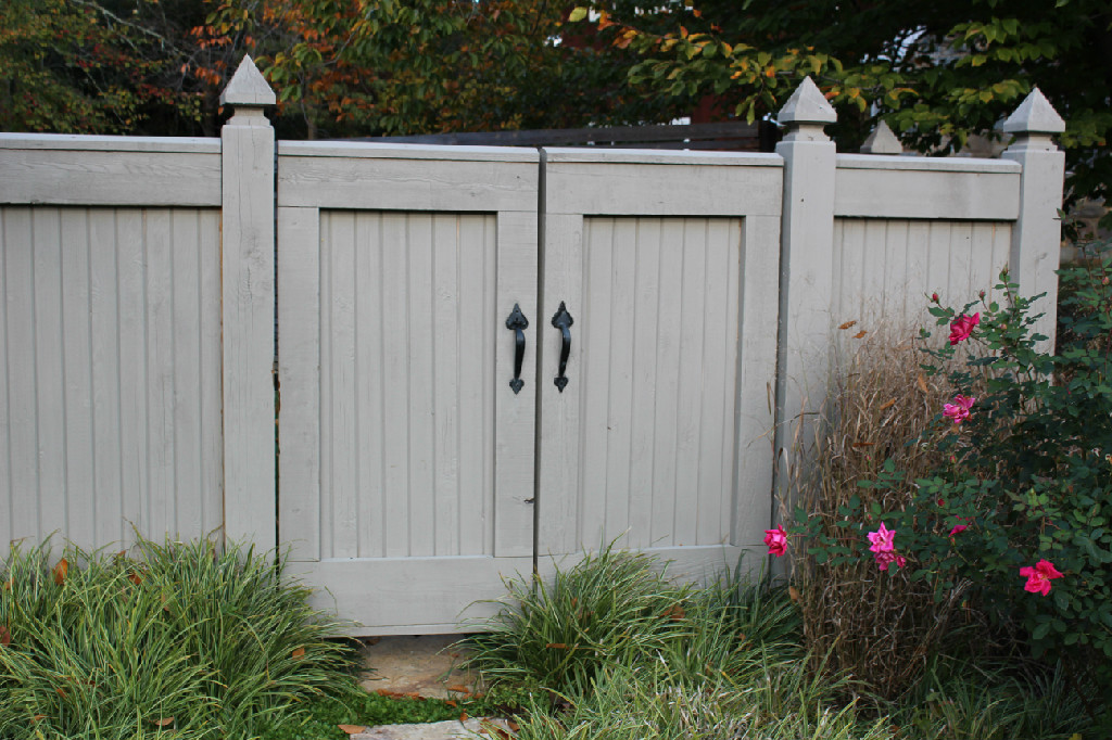GATES (33)