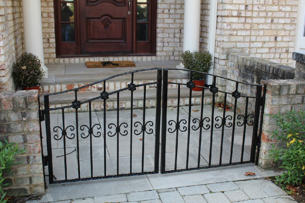 GATES (68)