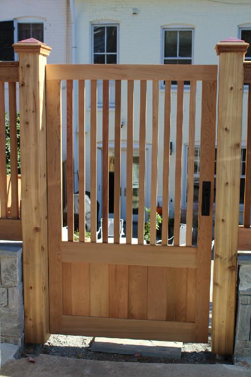 GATES (82)